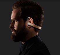 CHECKOUT THIS AWESOME WIRELESS EARPIECE